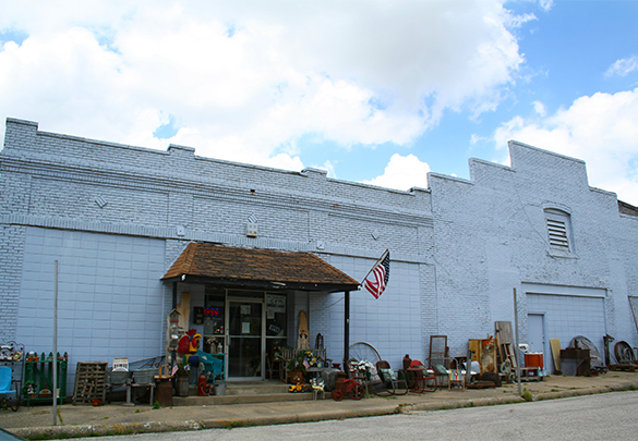 The Rusty Bucket Antiques & Collectibles