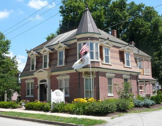 Senator Rickert Residence Bed & Breakfast