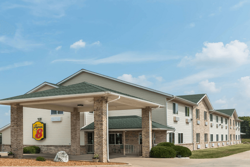 Super 8 by Wyndham - Greenville